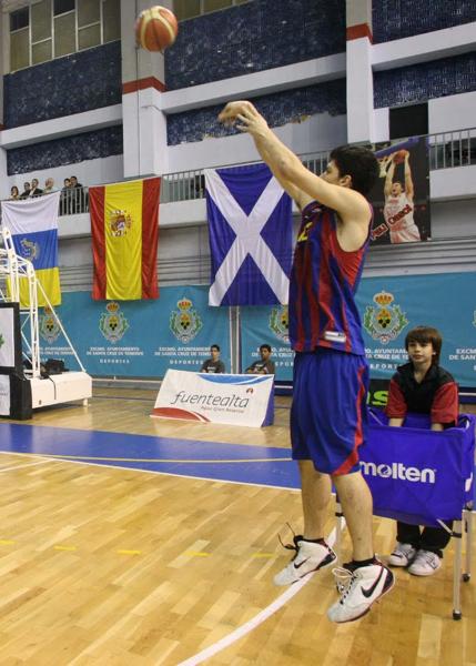 Historia del Torneo Internacional Junior Isla de Tenerife organizado por el Club Baloncesto UNELCO